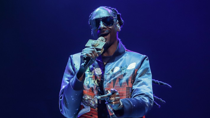 Snoop Dogg Shares His Top Ten Rappers Of All Time