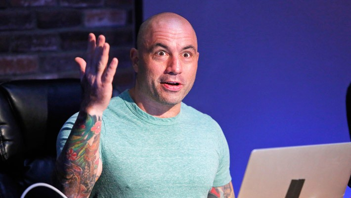 Joe Rogan Apologizes For Spreading A West Coast Fire Conspiracy Theory