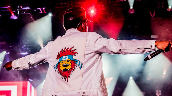 The Stitch Gawd On Dressing Your Favorite Musicians In Cross-Stich