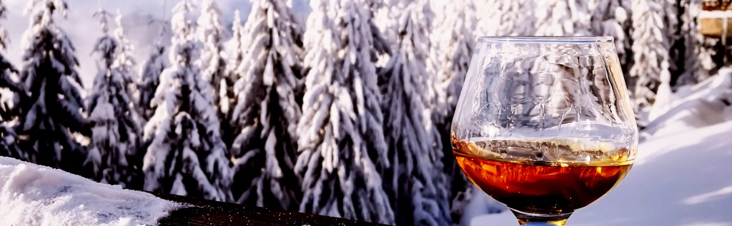 Bartenders Tell Us The One Scotch They'd Drink If They Were Snowed In