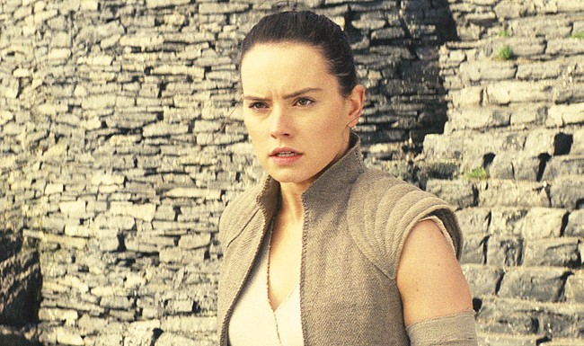 The First Reactions To 'Star Wars: The Last Jedi' Have Arrived To Satisfy Even The Most Cynical Fan