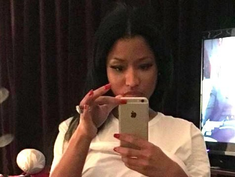 HOT VIDEO! See Why The Internet Is Going Crazy Over This Nicki Minaj Selfie