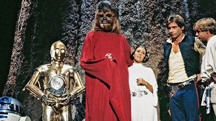 Disney+ Is Reviving The 'Star Wars Holiday Special'... But With Lego