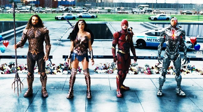 'Justice League' Is A Drag And A Big Step Backwards For DC Movies