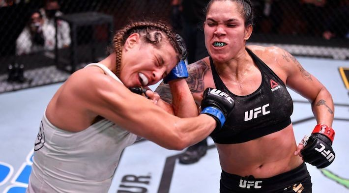 Amanda Nunes Successfully Defended The Featherweight Belt At UFC 250