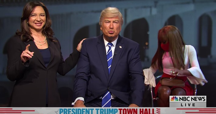 The 'SNL' Cold Open Grappled With NBC's Trump 'Thirst Trap' Town Hall