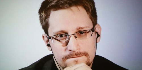 Edward Snowden Levels With Everyone Who Believes The U.S. Is Hiding Proof Of Alien Life