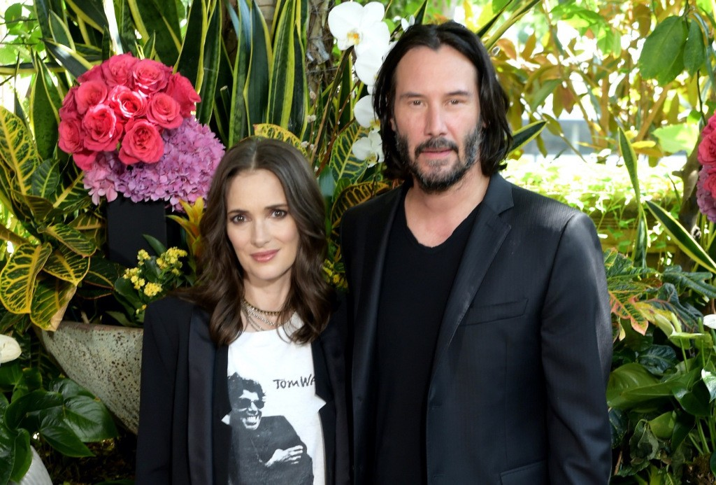 Keanu Reeves Refused To Make Winona Ryder Cry While Filming 'Dracula'