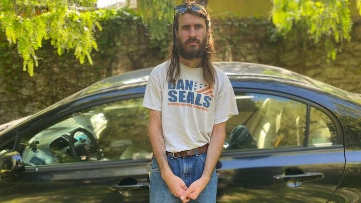 Indie Mixtape 20: Petey Wears The Same Sweatshirt At Every Show