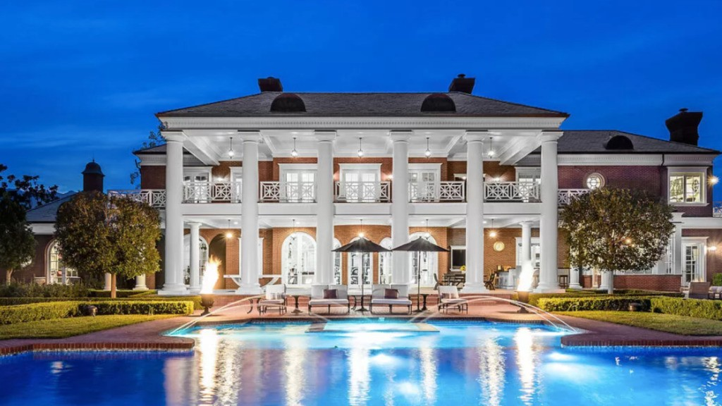 Wayne Gretzky's Sherwood house (once Lenny Dykstra's) back on the market for a cool $22.9 million
