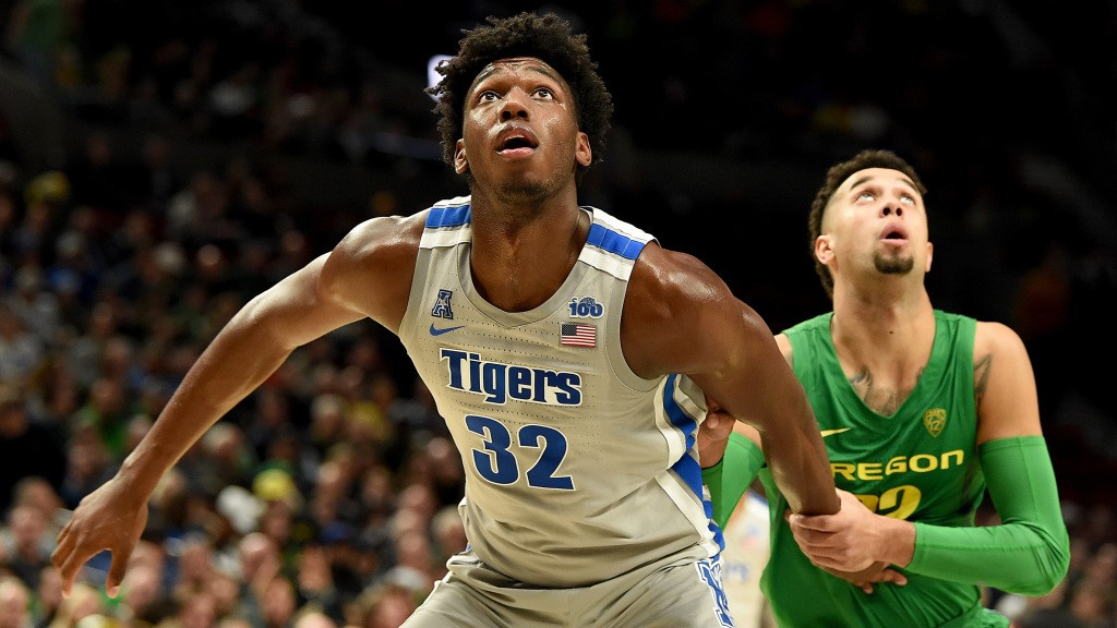 Warriors select athletic center prospect in latest NBA Mock Draft from NBC Sports