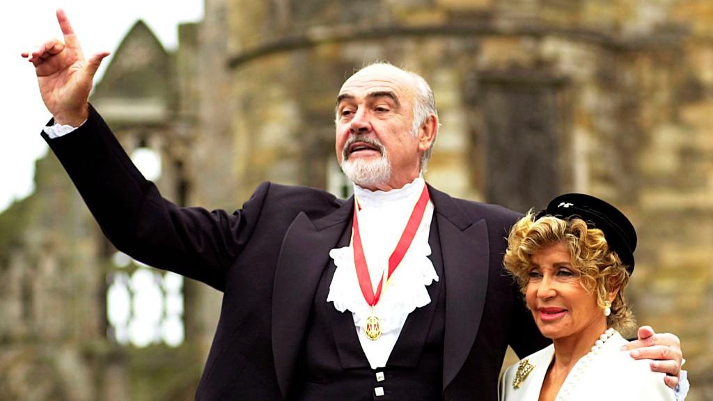 Jim Nantz tells a whopper of a story about Sean Connery #RIP