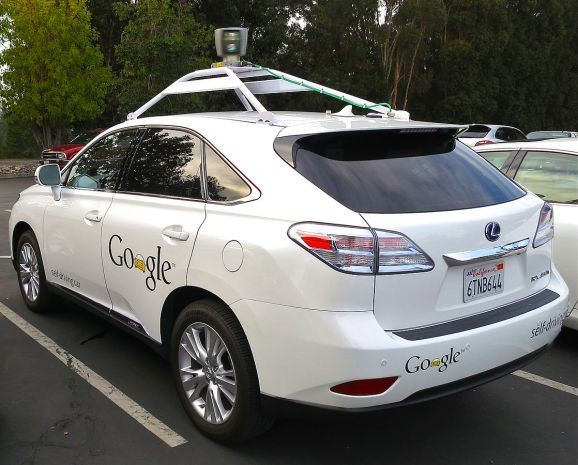 Google shares how its self-driving car uses sensors to navigate cities (video)