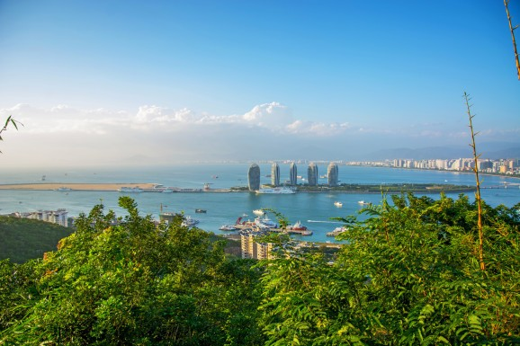 China's tropical island, Hainan, wants to be the top spot for foreign tech startups