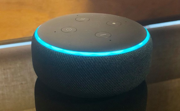 Alexa now tells you the title and artist before each song plays on Echo devices