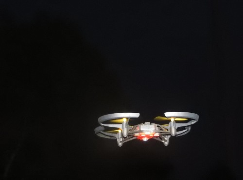 Hands-on with the Parrot Airborne Night Minidrone