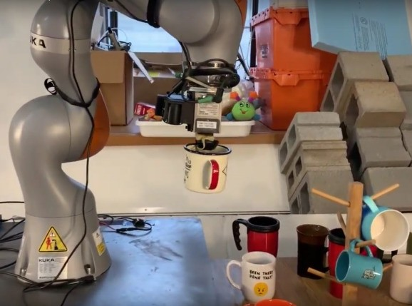 MIT CSAIL refines picker robots' ability to handle new objects