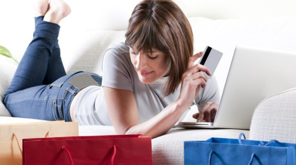 Thanksgiving online sales up, mobile up — and Facebook converting 84% better than Pinterest
