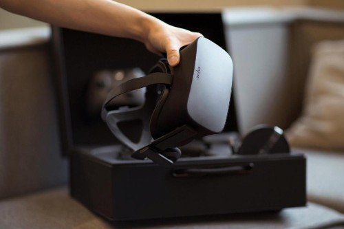 Sony, Facebook, Google, and Samsung dominate VR, with over 50% market share