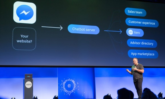 Facebook Messenger brings live chat and bots to websites