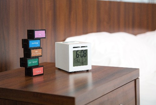 SensorWake alarm clock gets you up with sweet smells