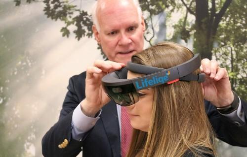Lifeliqe takes Microsoft's HoloLens augmented reality glasses into the classroom