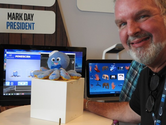 Scan your own 3D characters into Minecraft with Intel RealSense camera