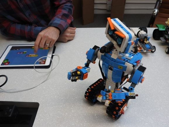 Lego Boost robot teaches younger kids to code and bring their own creations to life