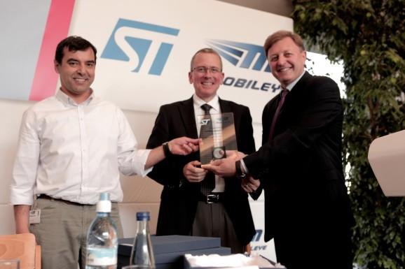 Mobileye raises $400M to kick driverless car technology into high gear