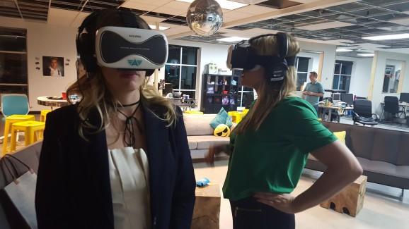 7 ways to start a VR café