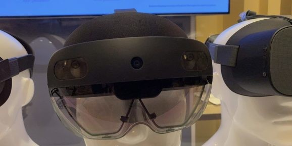 Microsoft confirms HoloLens 2 display issues as headsets remain scarce