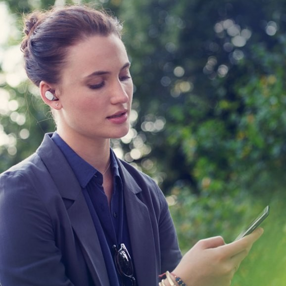 Just like 'Her' — the Moto Hint is the most discreet Bluetooth headset yet