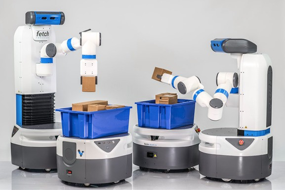 How two buddy industrial robots could upend the logistics industry forever