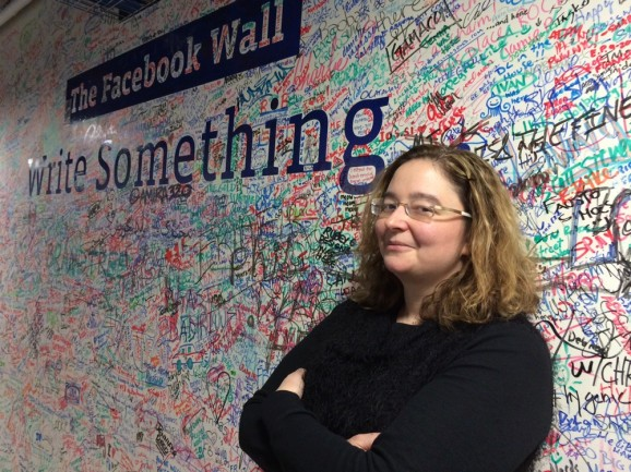 Facebook plans event to recruit sociologists