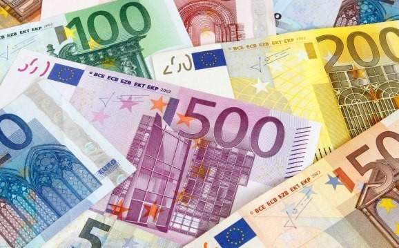 European private equity investment up 14% to $54B in 2015, but money raised by funds stalled