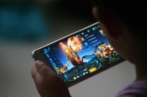 Mobile game revenue finally surpasses PC and consoles