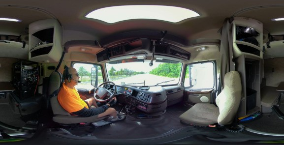 Starsky Robotics video puts you in the cab of a self-driving truck
