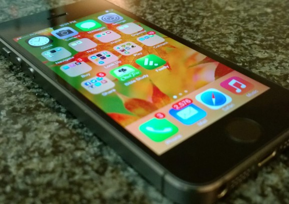 iOS 7 doesn't encrypt email attachments — but Apple says it's working on a fix