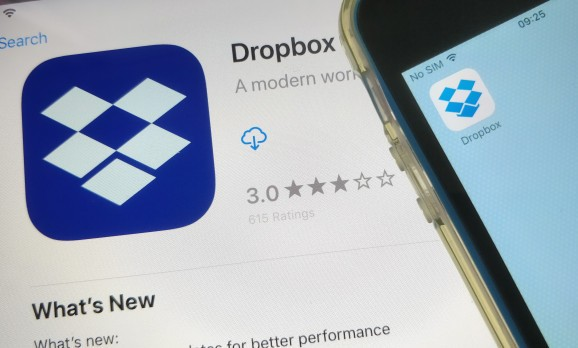 Dropbox earnings beat estimates, but shares fall on Q1 guidance