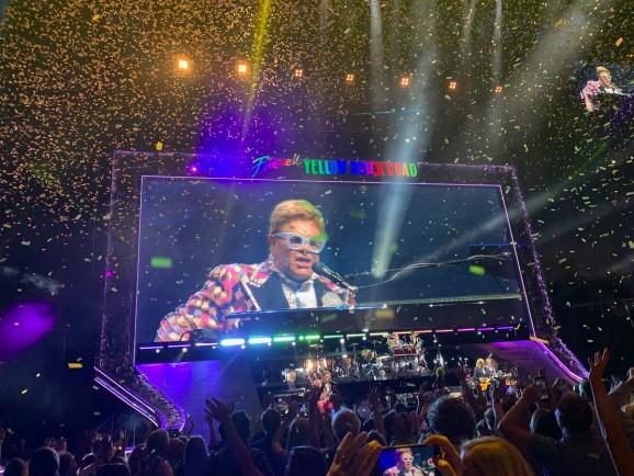 Peex let me remix augmented reality sounds at Elton John's concert
