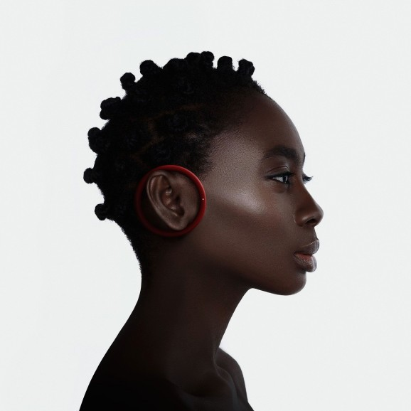 How Frog's designers created a socially acceptable wireless earbud in their spare time
