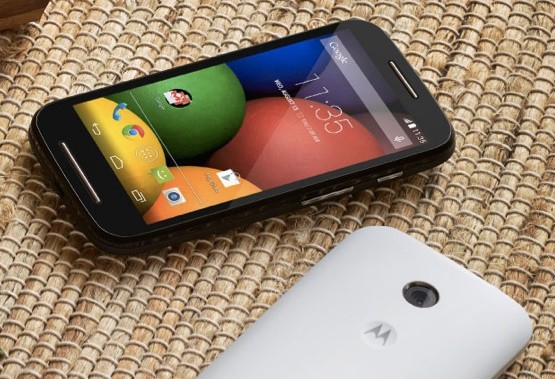 Motorola says 'goodbye, dumb phone' with the $129 Moto E