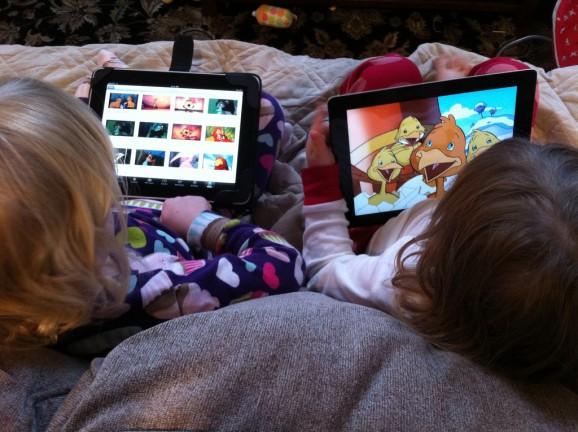 Little fingers love big touchscreens: Kids favor tablets over smartphones for games