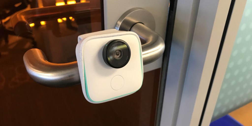 Google launches Clips camera, its latest effort to bring AI into home gadgets