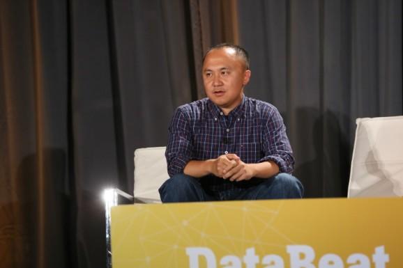 LinkedIn exec Simon Zhang's next new thing: A data-analytics startup