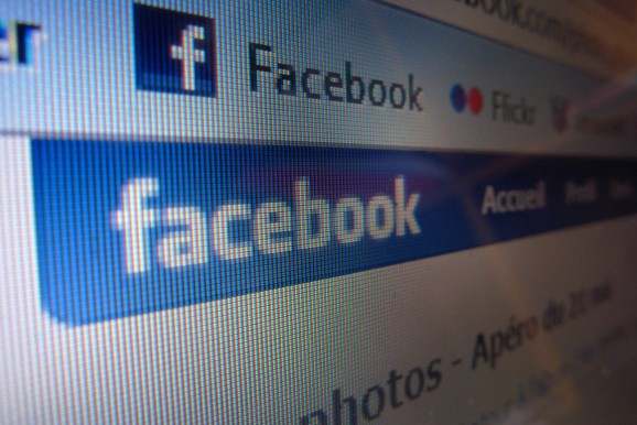 Dutch court: Facebook must turn over user data in sex video case
