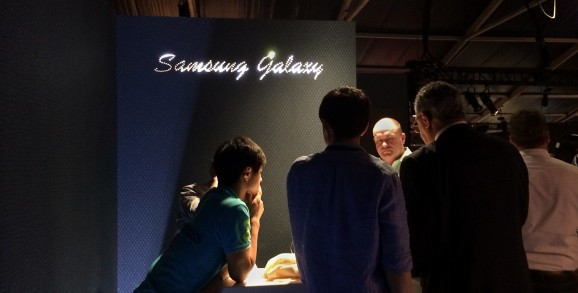 Samsung says its Oculus-powered Gear VR headset will cost $199 (phablet not included)