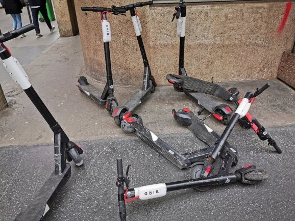 Paris' electric scooter experiment demonstrates dangers of failing to regulate tech
