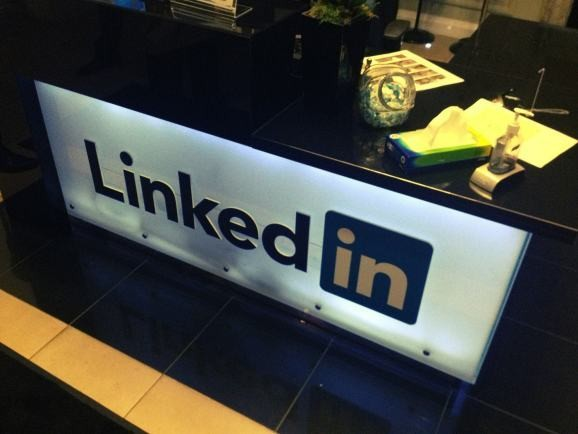 LinkedIn acquires recruiting startup Connectifier