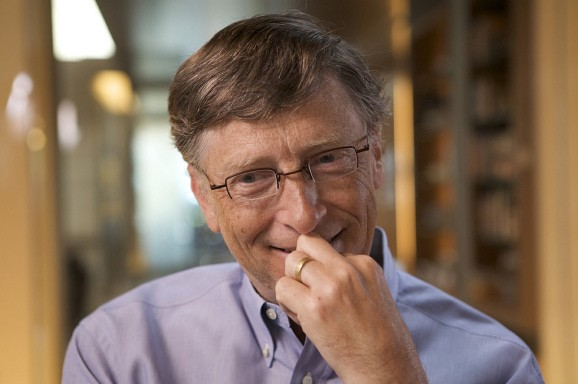 This is what Bill Gates thinks of Microsoft's HoloLens